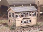 223 Ratio: TRACKSIDE ACCESSORIES  GWR Wooden Signal Box (inc. interior)